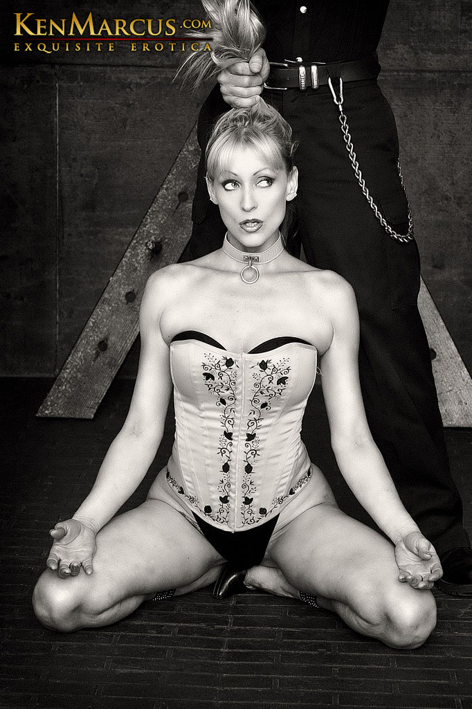 In Gallery Classic Bondage Picture