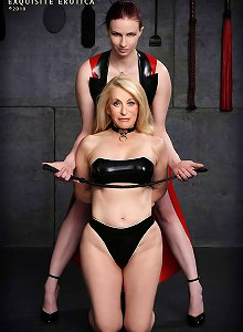 Latex mistress Claire Adams flogs Submissann